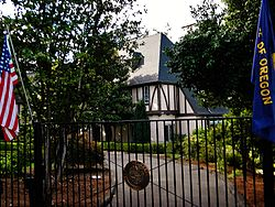 T. A. Livesley House 90000684 Marion County, OR.jpg