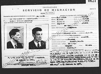 Carlos Romero Giménez - Immigration document as a political refugee in México