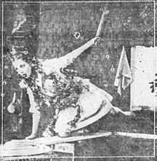 La Segpolvo-Ringo 1917 scennewspaper.jpg