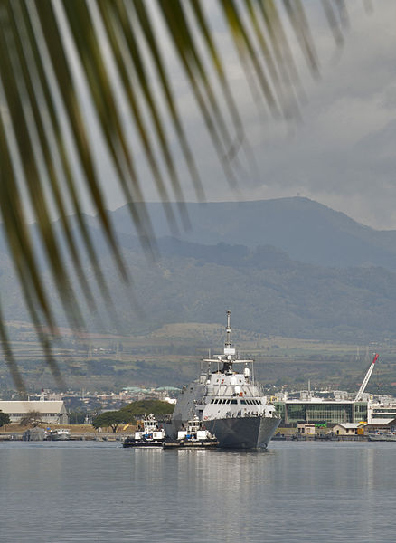 File:The littoral combat ship USS Freedom (LCS 1) arrives at Joint Base Pearl Harbor-Hickam, Hawaii, for a scheduled port visit March 11, 2013, during a deployment to the Asia-Pacific region 130311-N-WF272-036.jpg