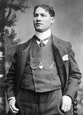 Theodore Hardeen - Image: Theodore Hardeen 1905