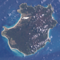 Three Hummock Island, Tasmania, Landsat-7.png