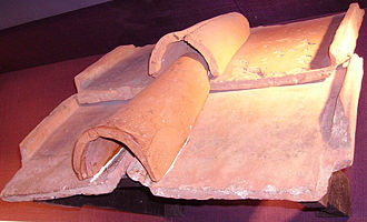Imbrex and tegula - An example of the construct at Fishbourne Roman Palace museum