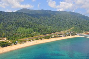 Tioman Island - The runway is only accessible from the north, due to the nearby hills at the south end.