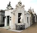 Tomb of Rufina Cambaceres at Cementerio de la Recoleta in Buenos Aires (15756923387).png
