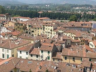 Lucca - Piazza Anfiteatro and the Basilica di San Frediano