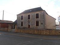 Town hall of Thorigné en Charnie.JPG