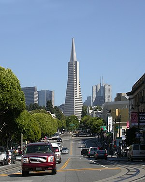 Columbus Avenue (San Francisco) - The Transamerica Pyramid rising from the foot of Columbus Avenue