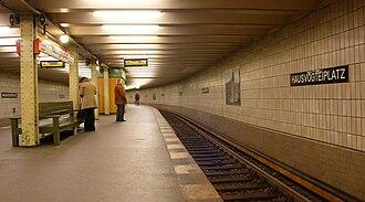 Hausvogteiplatz (Berlin U-Bahn) - Station platform