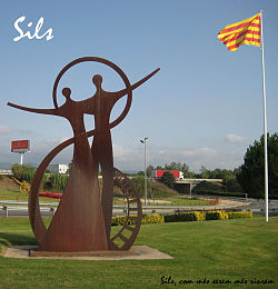 Monument at entrance to Sils
