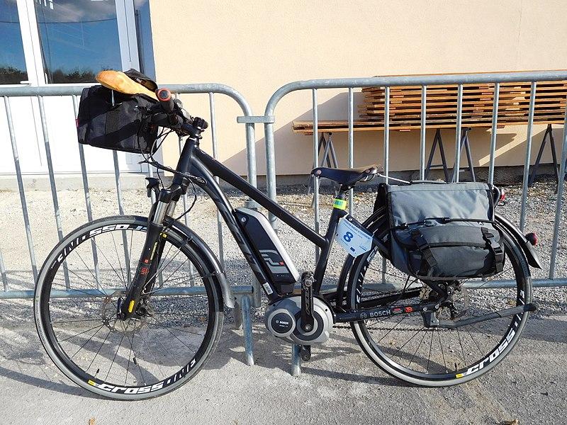 File:Vélo électrique Felt.jpg