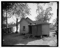 VIEW OF REAR LOOKING SOUTH - 930 Oak Street (House), Waycross, Ware County, GA HABS GA-2224-3.tif