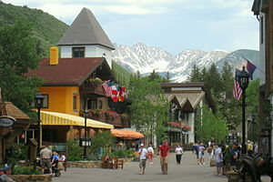 English: Street view - Vail, Colorado, USA.