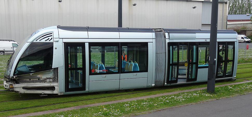 Valenciennes & Anzin - Déraillement de la rame de tramway n° 17 à la sortie du dépôt de Saint-Waast le 11 avril 2014 (092).JPG