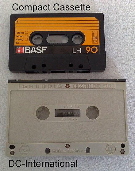 440px-Vergleich_Compact_Cassette_DC-Inte