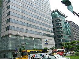 Videoland Television Network at Fubon Life Ruiguang Building 20060901.jpg