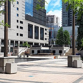 Image illustrative de l'article Mel Lastman Square
