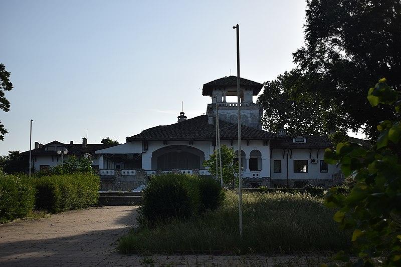 File:Vila Regală Mamaia 1.jpg