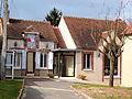Villenavotte-FR-89-mairie-02.jpg