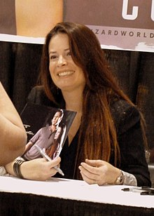 WW Philadelphia 2013 - Holly Marie Combs 01 (9028177925).jpg