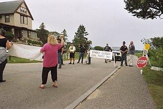 Bush compound - Checkpoint on Ocean Avenue