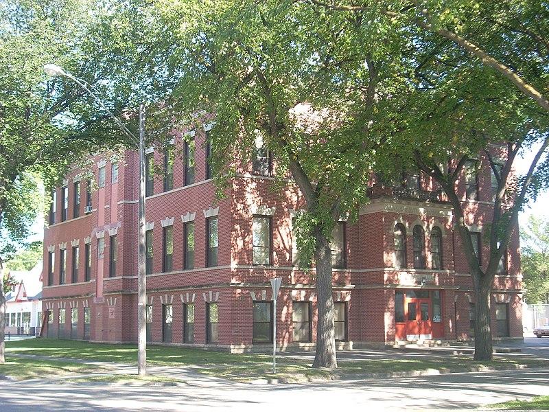 File:Washington School, Grand Forks North Dakota.jpg