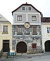 Weitra Rathausplatz Haus13 2011-06-18 GuentherZ 0060 Sgraffitohaus.JPG