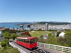 Wellington city with Cable Car.jpg