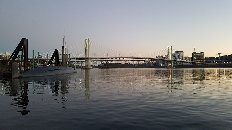 File:Willamette River, Sept. 2016 - 3.jpg