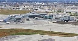 Winnipeg James Armstrong Richardson International Airport, Winnipeg - panoramio (1)