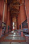 Wismar, St. Nikolai, Blick in ein Seitenschiff.JPG