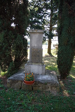 World War I memorial in Rácovice, Třebíč District.JPG