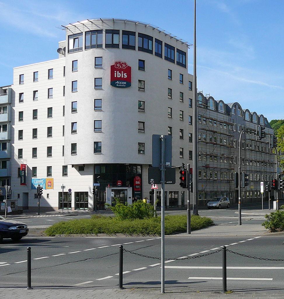 Ibis Hotel Paris Rue Caulaincourt