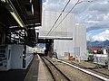 Yamanashishi Station platform 201906-3.jpg