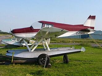 Zenair CH 300 - CH 300 on floats