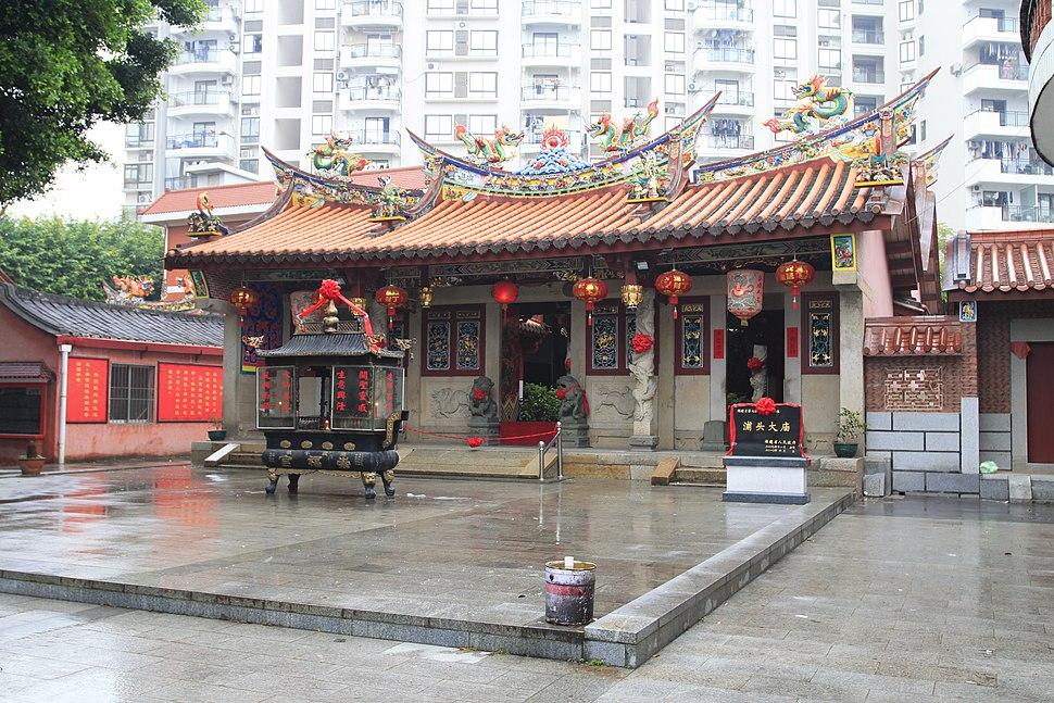 Zhangzhou Putou Damiao 20120225-2