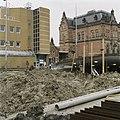 Zicht op het stationsgebouw, in het midden de bloemenkiosk - Groningen - 20389368 - RCE.jpg