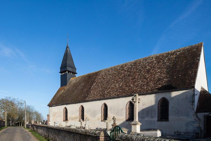 Sainte-Marie-Madeleine church, located in Mesnil-sur-l'Estrée