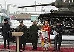 В Новосибирске эшелон с легендарными танками Т-34 1.jpg