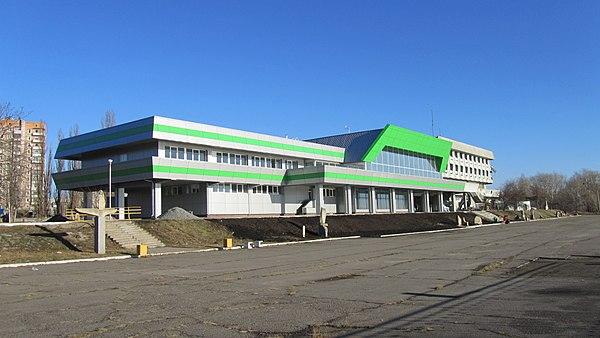 Kazinov будівля річковий вокзал Інтернет казино з Бездепозітний бонус