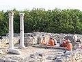 Кришнаиты в базилике в базилике.jpg
