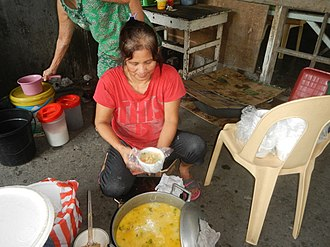 Sopas - Vendor in Bulacan selling sopas