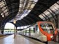 08 Estació de França, tren de rodalia.JPG