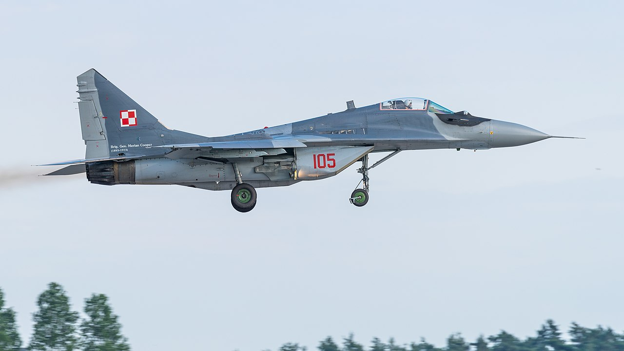 File:105 Polish Air Force MiG-29A Fulcrum ILA Berlin 2016 12 ...