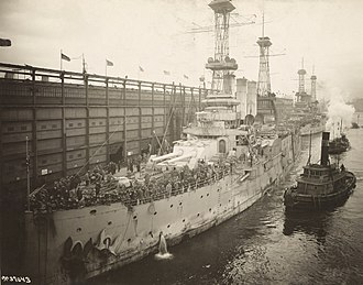 USS Louisiana (BB-19) - Louisiana and New Hampshire returning US troops in 1919, Pier 4, Hoboken, NJ