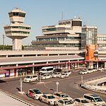 17-05-27-Flughafen Berlin TXL-a RR71294.jpg