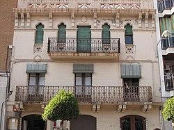 171 Casa Sardà, a l'avinguda de Prat de la Riba.jpg