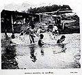 1908-08-15, Blanco y Negro, Escuela gratuita de natación 02, Alba.jpg