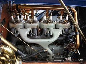 Cadillac Model Thirty - Image: 1911Cadillac Type 30 engine