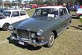 1965 Vanden Plas Princess 4 Litre R (21817504481).jpg